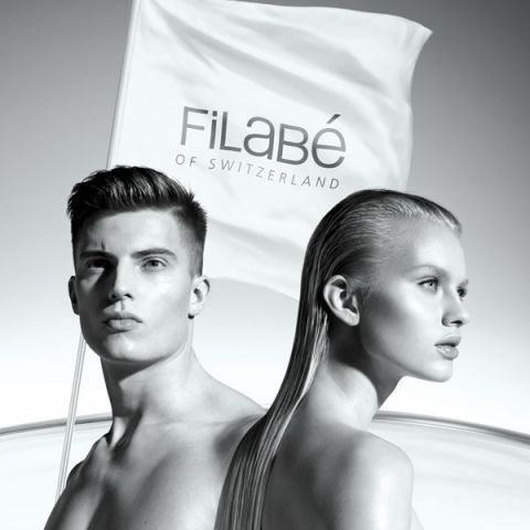 Filabé is modern facial care, without cream. The microfibril facial wipe systematically supplies the skin with highly concentrated, natural active ingredients.